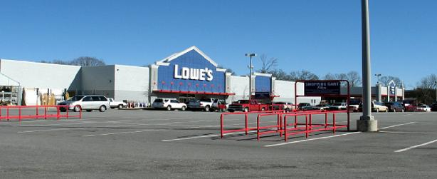 Lots of unused space at a big box store on Poinsett Highway in Greenville County, SC © Upstate Forever